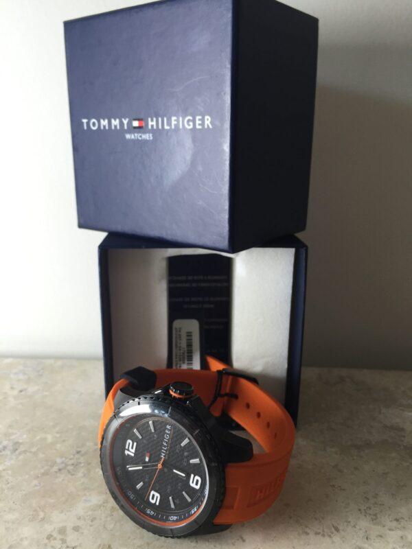 Reloj Tommy Naranja